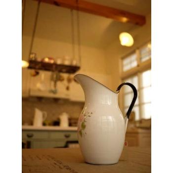 日本絕版品薔薇琺瑯冷水壺花器