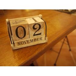 日本手調實木月曆