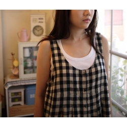 日本棉麻黑米相間格子裙衣