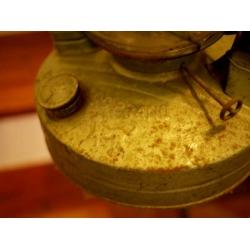 越南超大型古董油燈