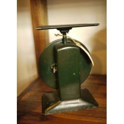 英國1950年代墨綠色古董秤