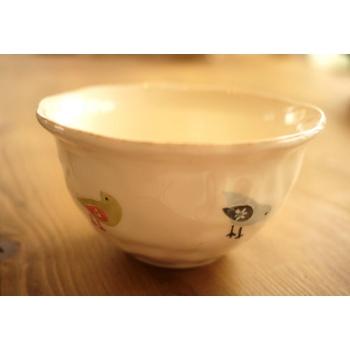 葡萄牙米黃色陶瓷碗