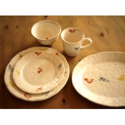 葡萄牙米黃色陶瓷大圓盤