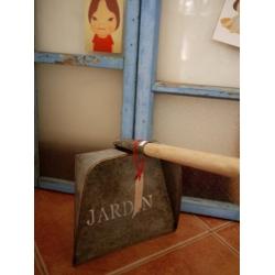 日本馬口鐵原木把手畚箕