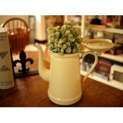 法國1920年米黃綠邊琺瑯壺