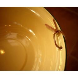 日本可掛式復古鵝黃色橄欖綠邊琺瑯盆