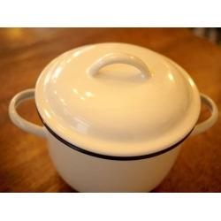 日本純白色厚琺瑯湯鍋