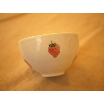 日本幸福草莓碗