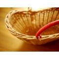 日本可愛紅把籐籃