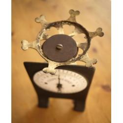 德國1950年代黑色古董秤
