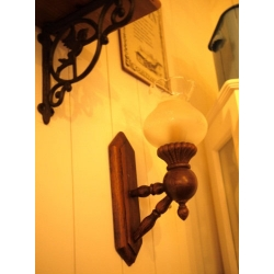 歐洲古董橡木壁燈