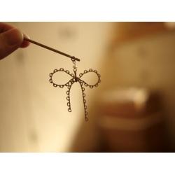 日本淡銅色鐵製蝴蝶髮夾