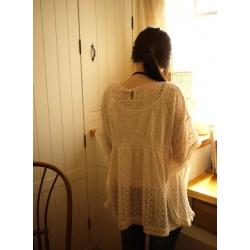 日本米色全蕾絲上衣